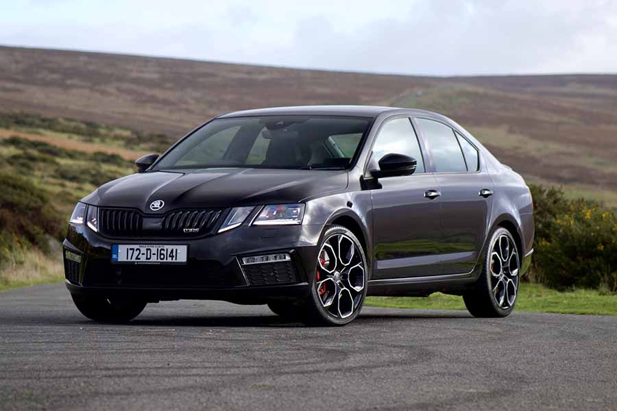 2018 Skoda Octavia RS 245 Review on jeep transmission