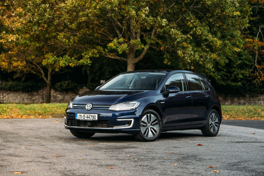 Car Reviews | Volkswagen e-Golf | CompleteCar.ie
