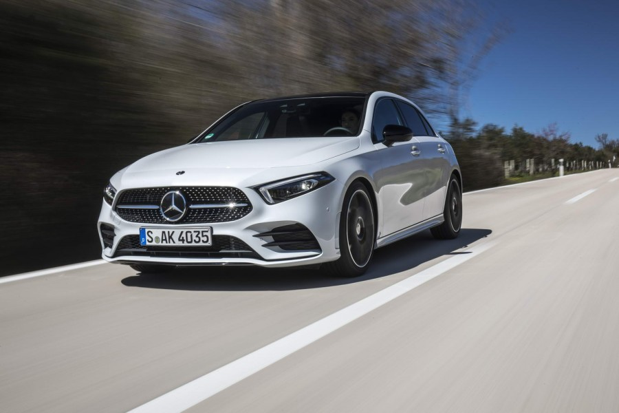 Car Reviews | Mercedes-Benz A 200 petrol | CompleteCar.ie