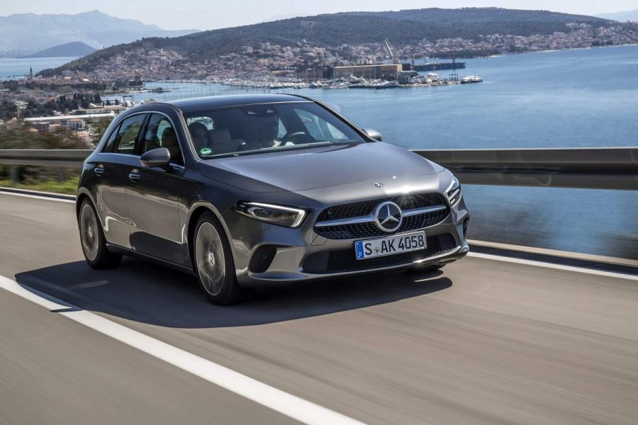Car Reviews | Mercedes-Benz A 180 d diesel | CompleteCar.ie