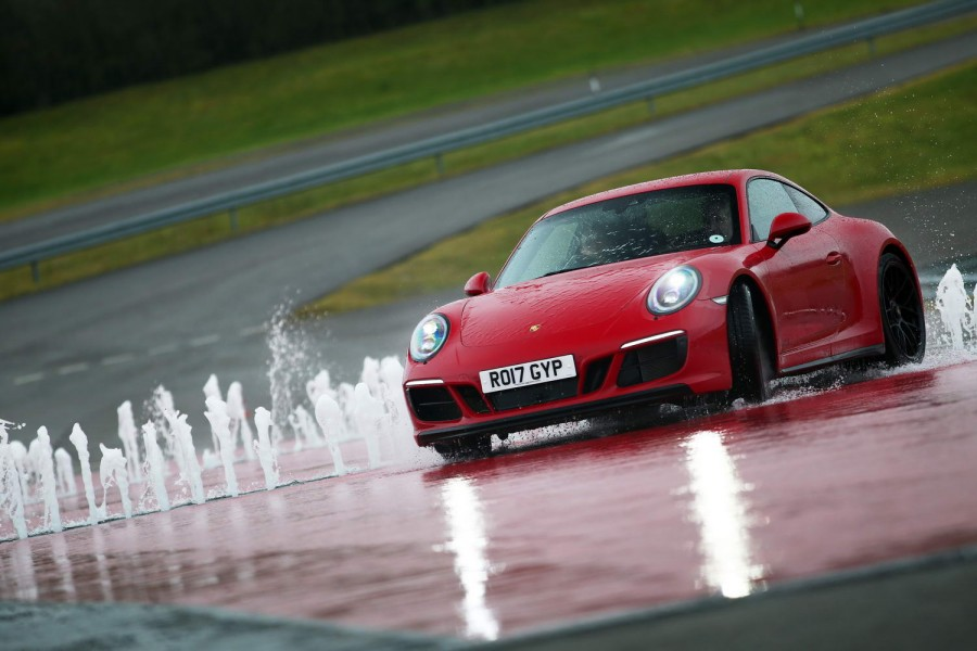 Car Reviews | Porsche 911 Carrera 4 GTS | CompleteCar.ie