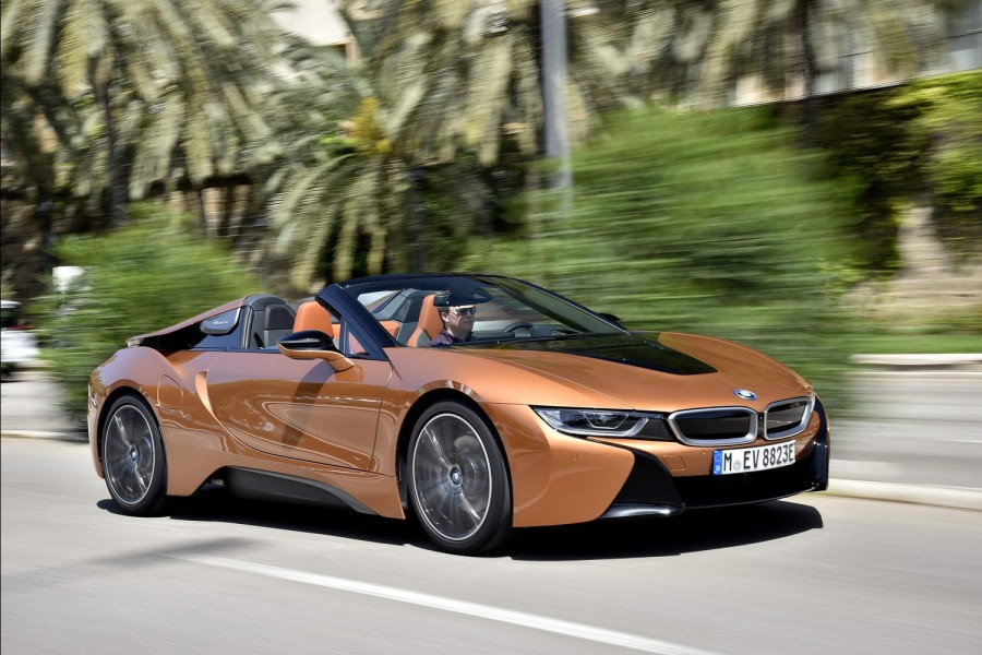 Car Reviews | BMW i8 Roadster | CompleteCar.ie