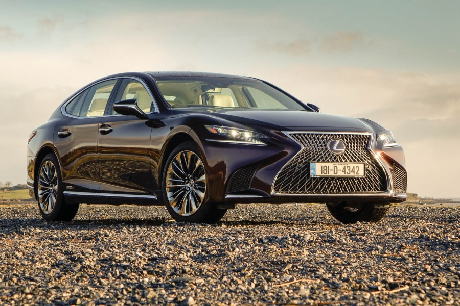 Car Reviews | Lexus LS 500h | CompleteCar.ie