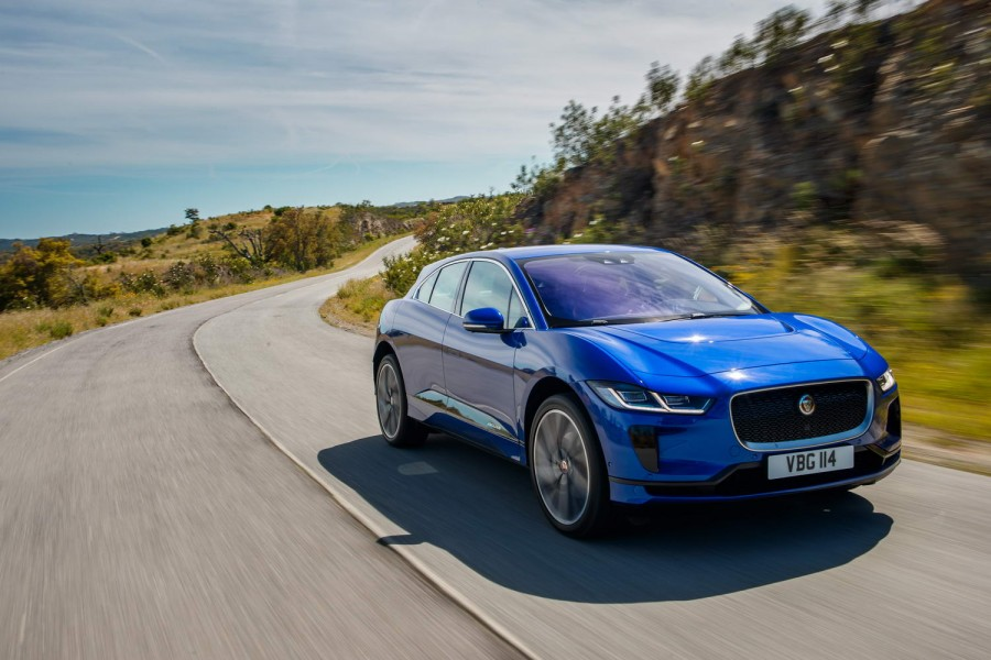 Car Reviews | Jaguar I-Pace EV400 | CompleteCar.ie