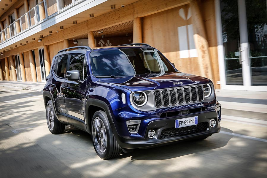 Car Reviews | Jeep Renegade 1.0 Turbo petrol | CompleteCar.ie