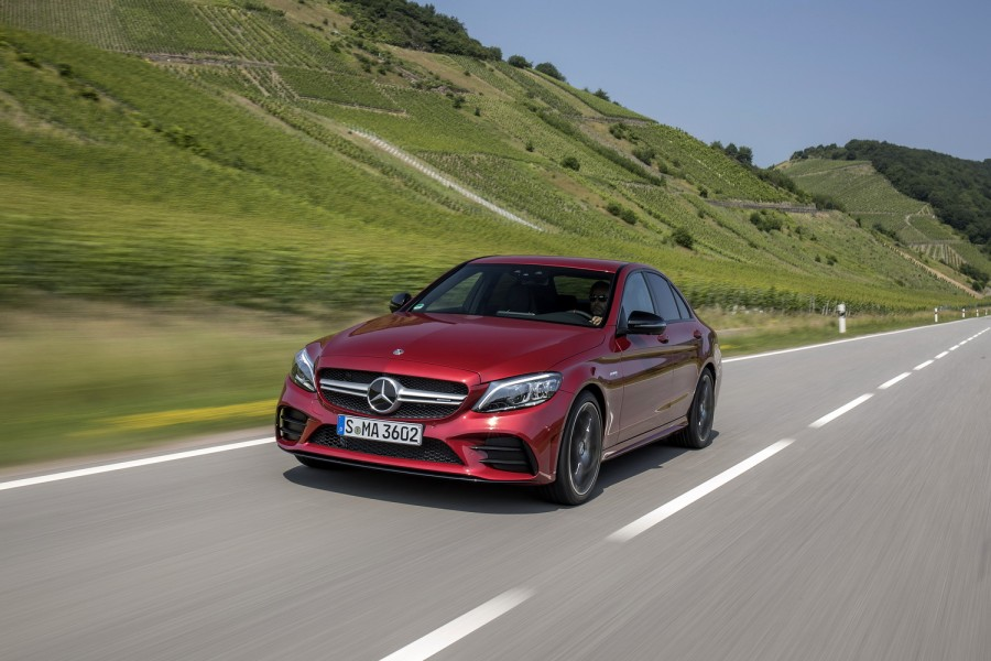 Car Reviews | Mercedes-AMG C 43 Saloon | CompleteCar.ie