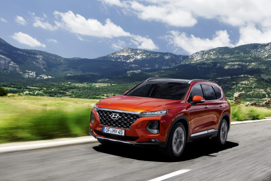 Car Reviews | Hyundai Santa Fe 2.2 diesel | CompleteCar.ie
