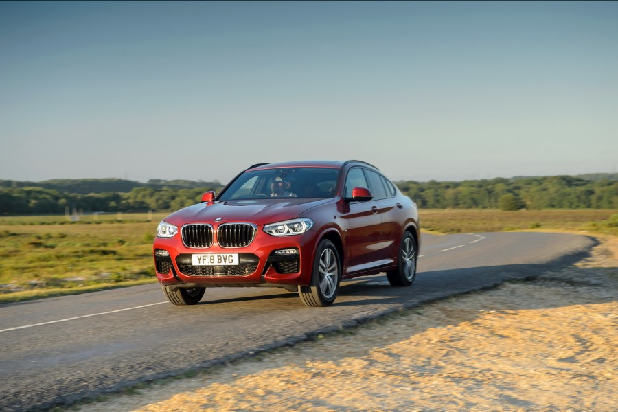 Car Reviews | BMW X4 xDrive20d M Sport | CompleteCar.ie
