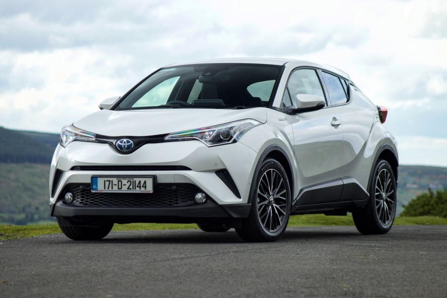 toyota c-hr hybrid | reviews | complete car