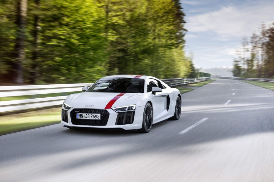 Car Reviews | Audi R8 RWS | CompleteCar.ie