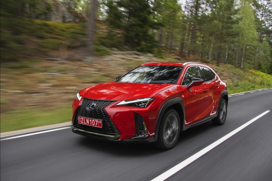 Car Reviews | Lexus UX 250h F Sport | CompleteCar.ie