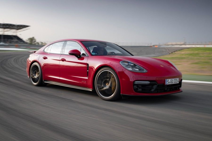 Car Reviews | Porsche Panamera GTS (2019) | CompleteCar.ie