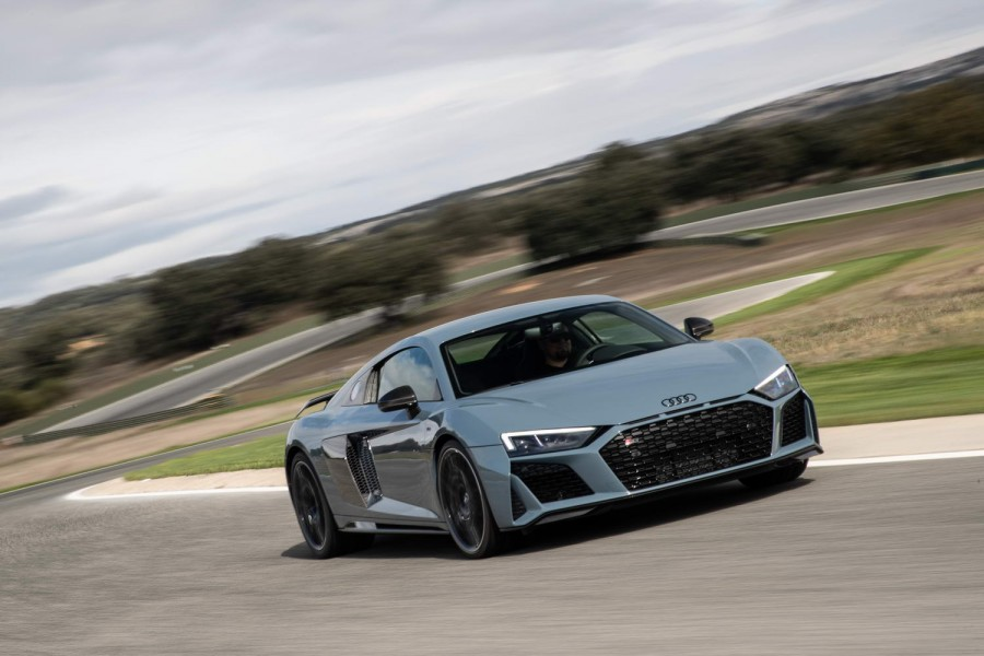 Audi R8 V10 Performance Coupe 2019 Reviews Complete Car