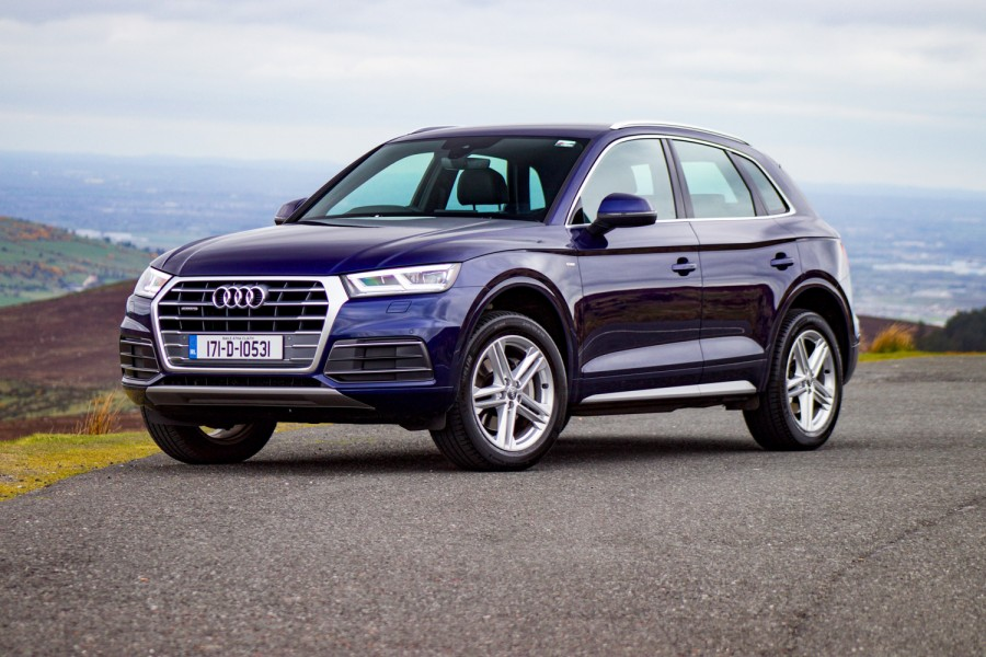 Car Reviews | Audi Q5 2.0 TDI quattro (2018) | CompleteCar.ie