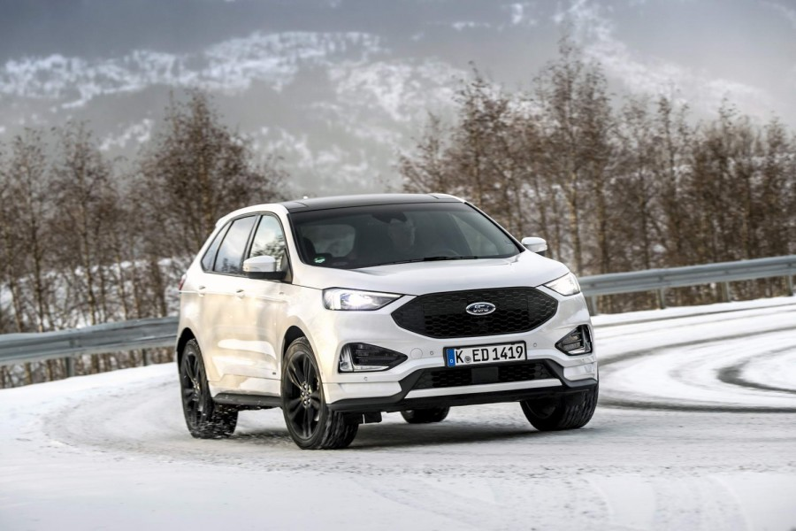 Car Reviews | Ford Edge ST-Line (2019) | CompleteCar.ie