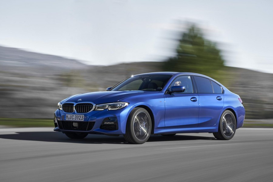 BMW 330i petrol M Sport (2019) | Reviews | Complete Car