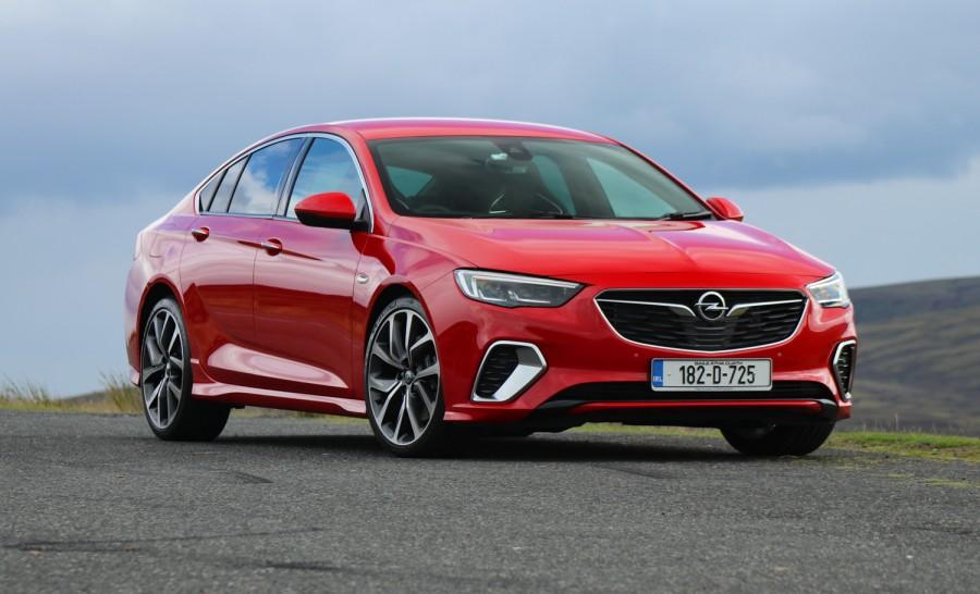 Car Reviews | Opel Insignia Grand Sport GSi diesel | CompleteCar.ie