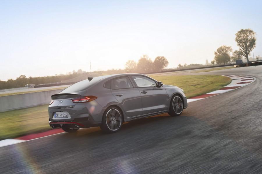 Car Reviews | Hyundai i30 Fastback N (2019) | CompleteCar.ie