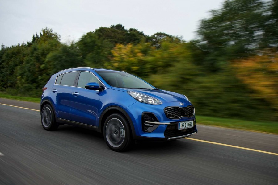Car Reviews | Kia Sportage 1.6 CRDi diesel GT Line (2018) | CompleteCar.ie