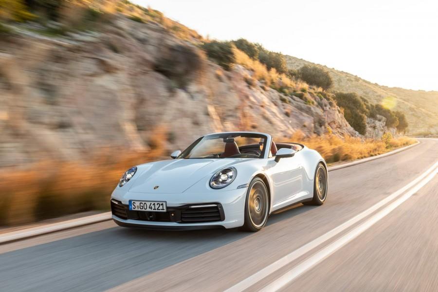 Car Reviews | Porsche 911 Carrera 4S Cabriolet (2019) | CompleteCar.ie