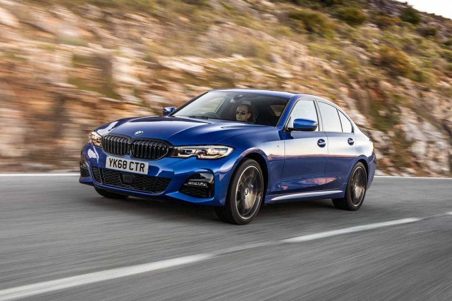 Car Reviews | BMW 320d xDrive (2019) | CompleteCar.ie
