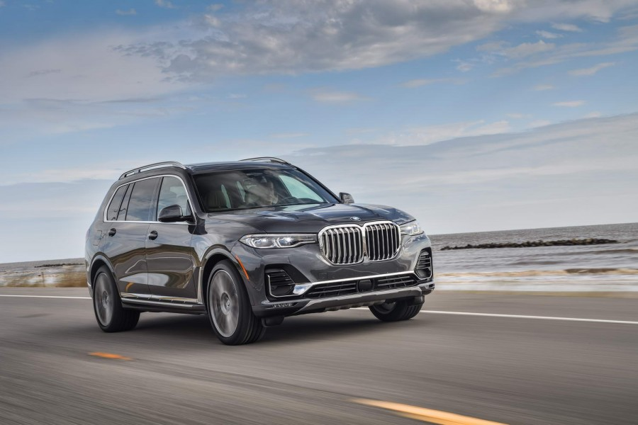 Car Reviews | BMW X7 xDrive40i (2019) | CompleteCar.ie