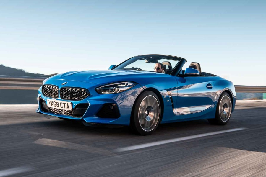 Car Reviews | BMW Z4 sDrive20i Roadster (2019) | CompleteCar.ie