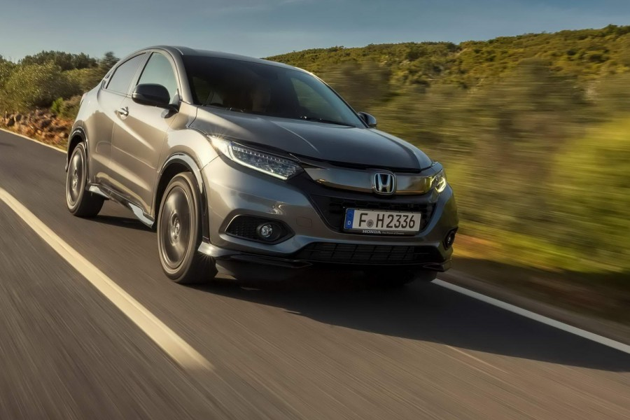 Car Reviews | Honda HR-V Sport (2019) | CompleteCar.ie