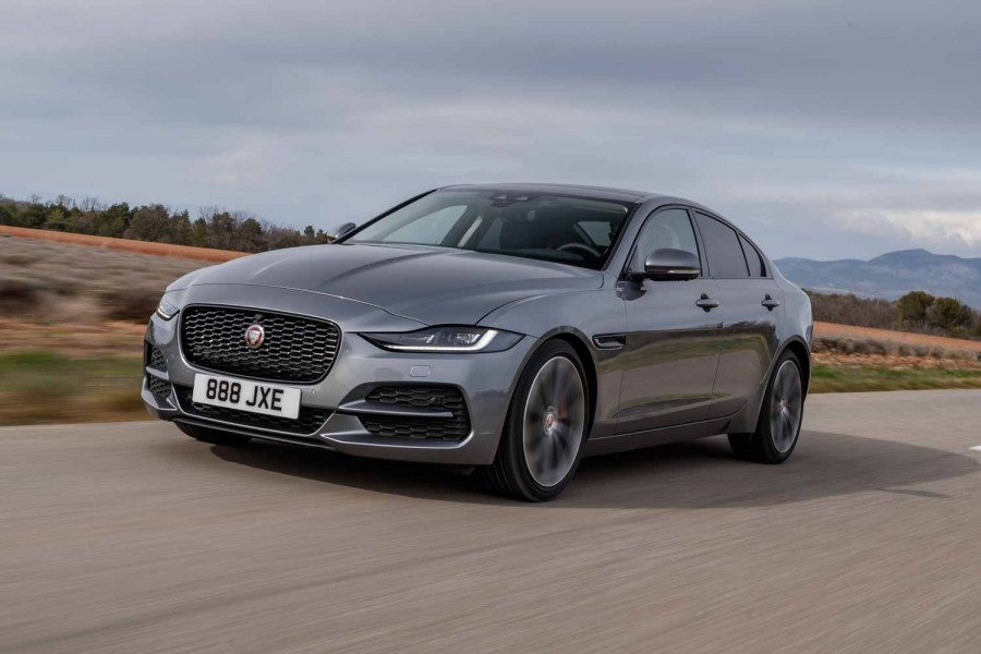 Car Reviews | Jaguar XE D180 diesel (2019) | CompleteCar.ie