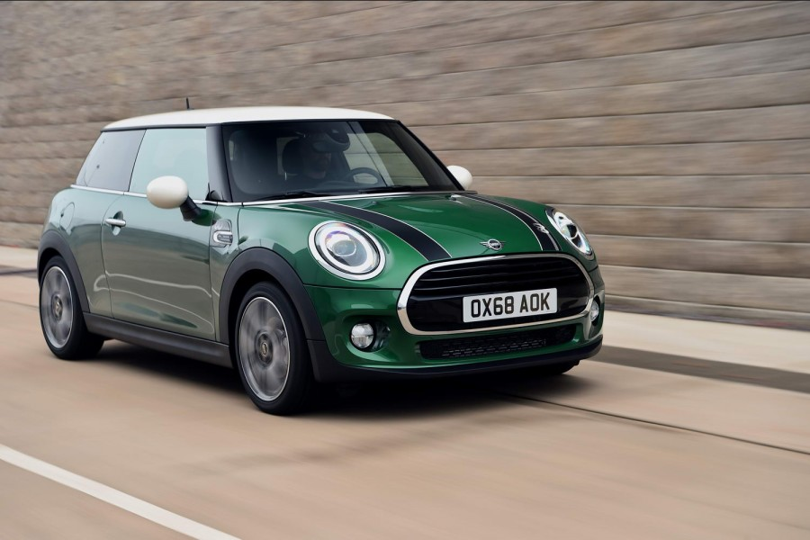 Car Reviews | MINI Cooper S 60 Years Edition (2019) | CompleteCar.ie