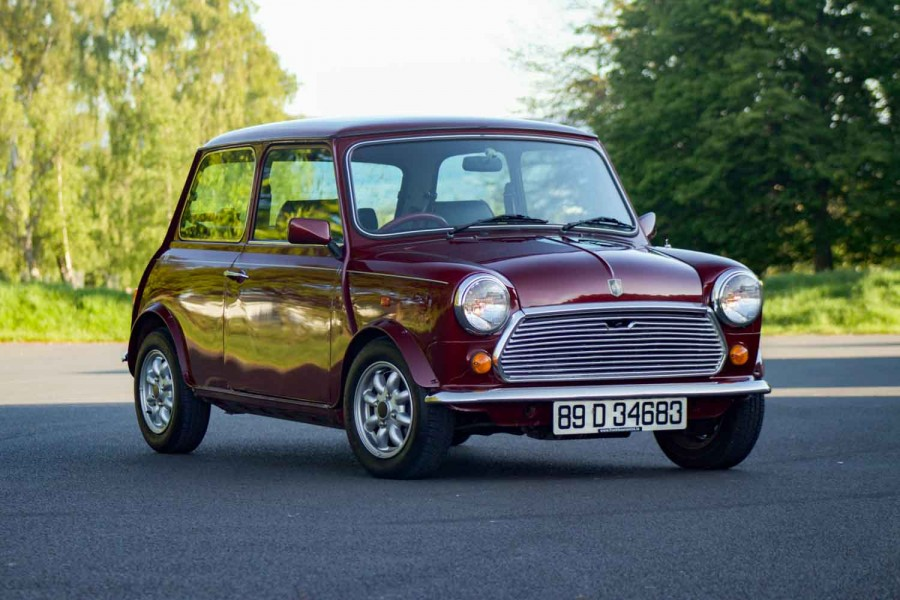Car Reviews | Mini 30th Anniversary (1989) | CompleteCar.ie
