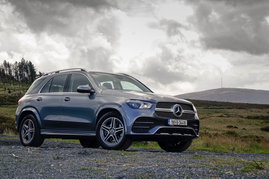 Car Reviews | Mercedes-Benz GLE 300 d 4Matic (2019) | CompleteCar.ie