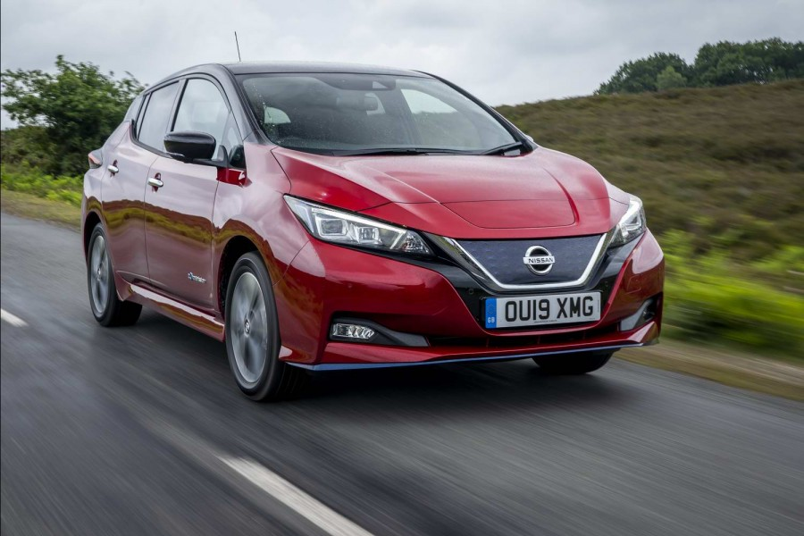 Car Reviews | Nissan Leaf 62kWh (2019) | CompleteCar.ie