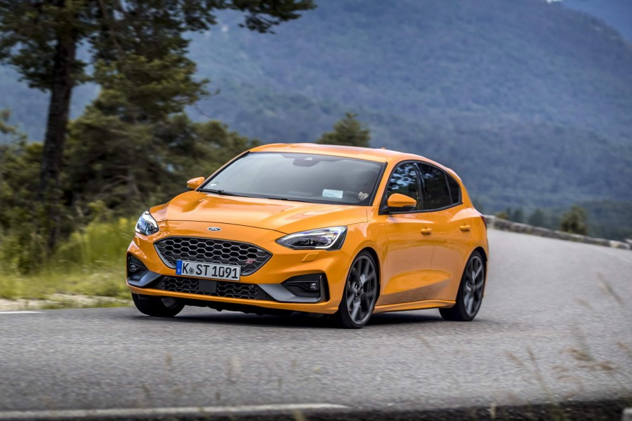 Ford Focus 2020 Review.Ford Focus St Hatchback 2020 Reviews Complete Car