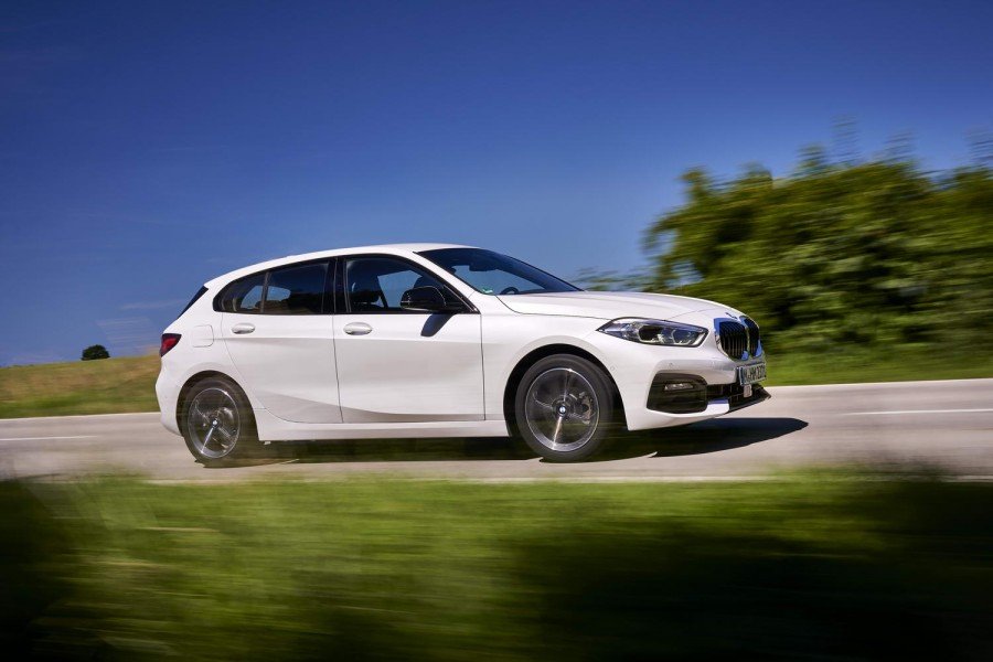 Car Reviews | BMW 118d diesel (2020) | CompleteCar.ie