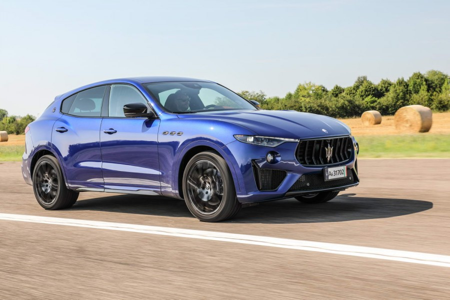 Car Reviews | Maserati Levante Trofeo (2020) | CompleteCar.ie