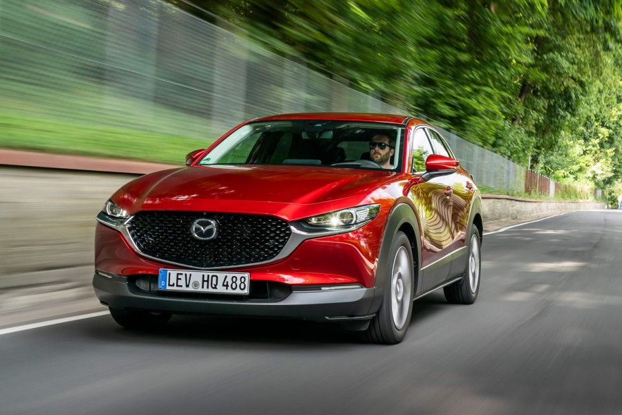 Car Reviews | Mazda CX-30 (2020 pre-production) | CompleteCar.ie