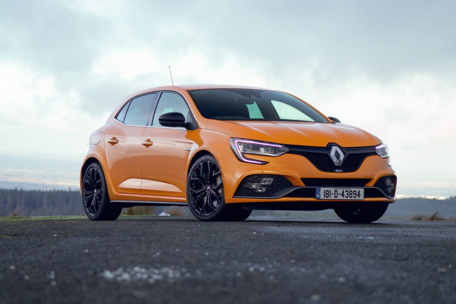 Car Reviews | Renault Megane RS (2019) | CompleteCar.ie