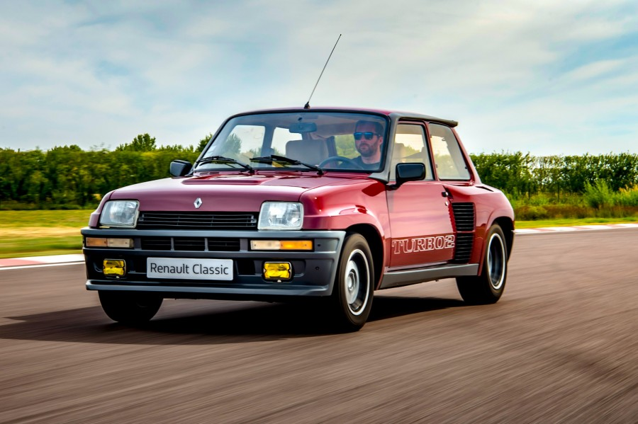 Car Reviews | Renault 5 Turbo 2 (1983) | CompleteCar.ie
