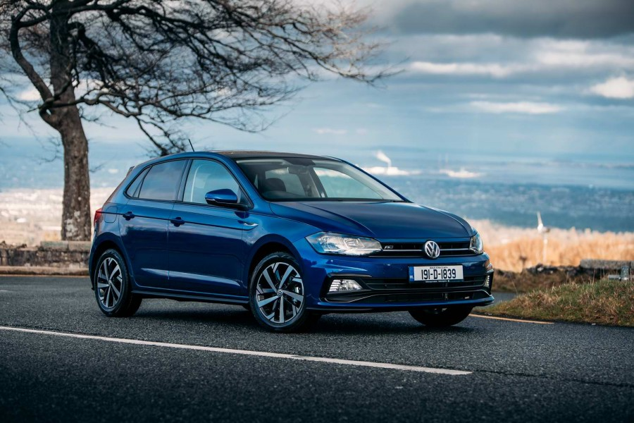 Car Reviews | Volkswagen Polo TSI R-Line (2019) | CompleteCar.ie