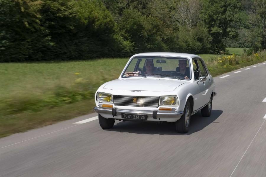 Car Reviews | Peugeot 504 1.8 GL saloon (1974) | CompleteCar.ie