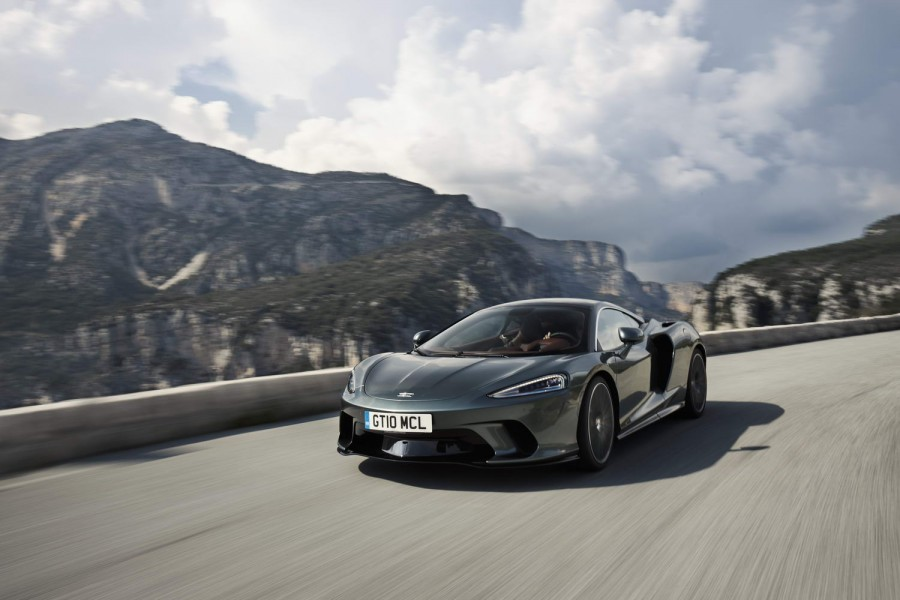 Car Reviews | McLaren GT (2020) | CompleteCar.ie
