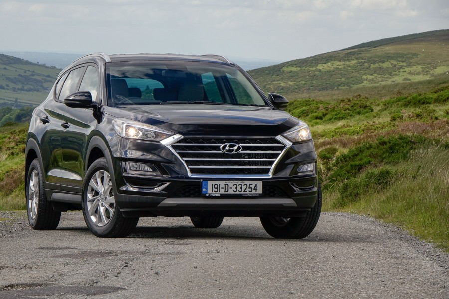 Car Reviews | Hyundai Tucson 1.6 diesel (2019) | CompleteCar.ie