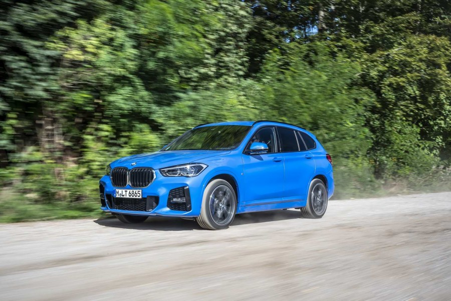Car Reviews | BMW X1 xDrive25i petrol (2020) | CompleteCar.ie