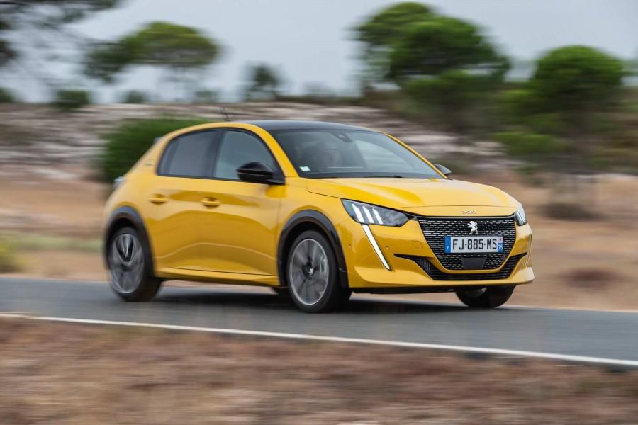 Car Reviews | Peugeot 208 1.2 PureTech 100 petrol (2020) | CompleteCar.ie