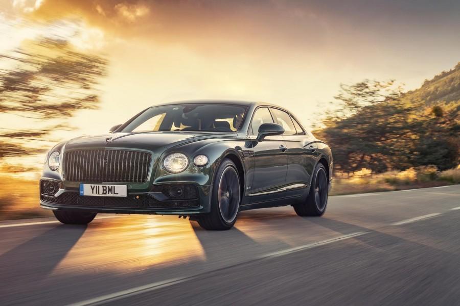 Car Reviews | Bentley Flying Spur W12 (2020) | CompleteCar.ie