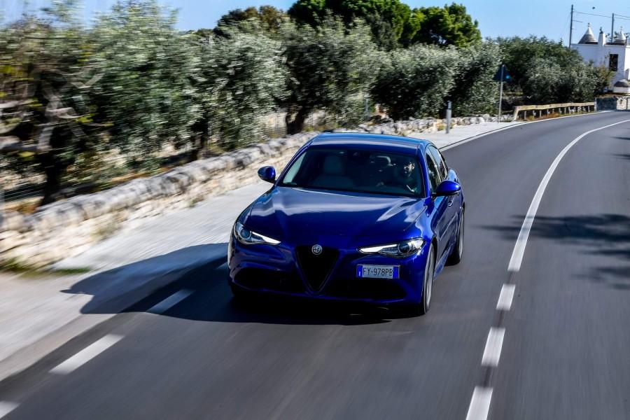Car Reviews | Alfa Romeo Giulia 2.2 diesel (2020) | CompleteCar.ie
