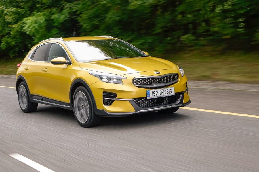 Car Reviews | Kia XCeed 1.6 CRDi diesel (2020) | CompleteCar.ie