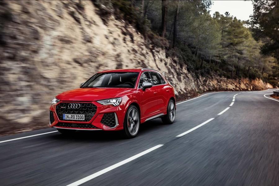 Car Reviews   Audi RS Q3 (2020)   CompleteCar.ie