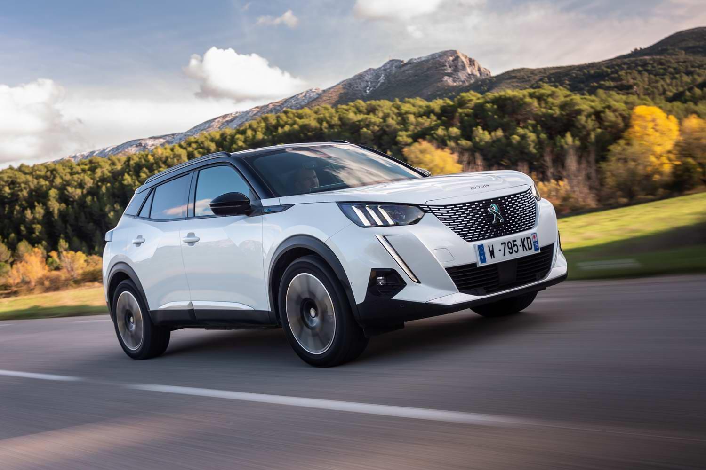 Car Reviews | Peugeot e-2008 GT (2020) | CompleteCar.ie